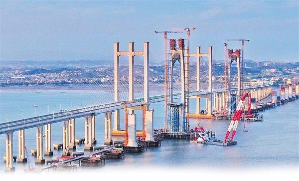 Construction of Quanzhou Bay Cross-sea Bridge makes progress