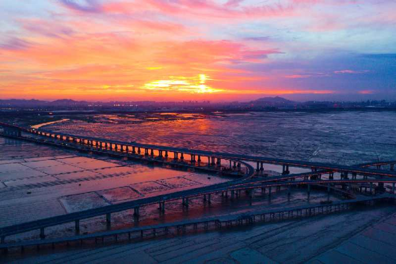 Stunning sunsets create picturesque scenes in Quanzhou