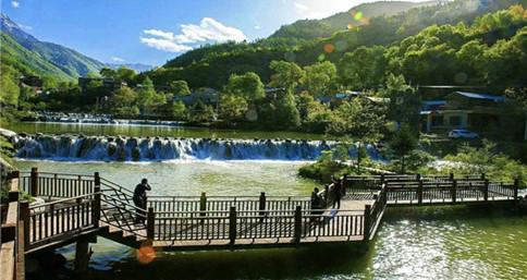 Guan'egou in Gansu provides a visual feast