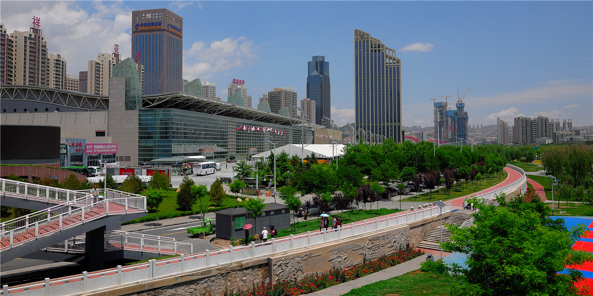 Lanzhou, the 'Pearl of Yellow River'