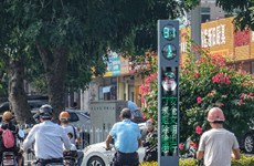 Multifunctional traffic lights to be used in Zhanjiang