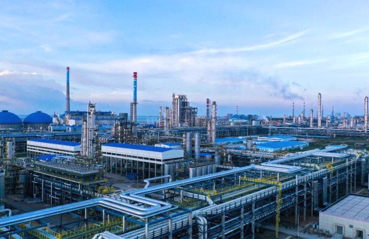 Sinopec refinery sets pace in smart push