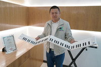 Foldable piano keyboards bring music to the masses