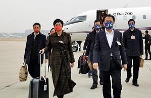 Guangxi CPPCC members arrive in Beijing