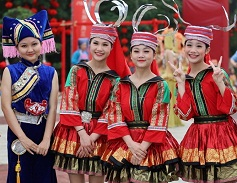 Guangxi observes Sanyuesan Festival with various cultural shows