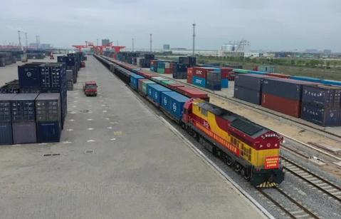 Land-sea corridor hits 10,000-train mark