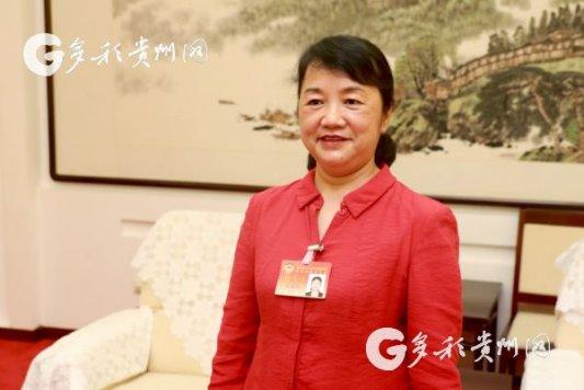 Hu Guozhen: Optimize medical insurance policy for the impoverished