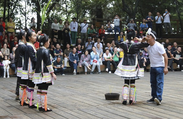 Promoting Miao culture helps 'last gunner tribe' beat poverty in Guizhou