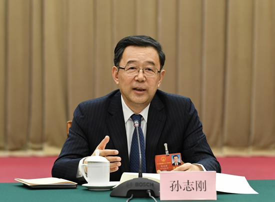 Sun Zhigang: Agriculture key to poverty alleviation