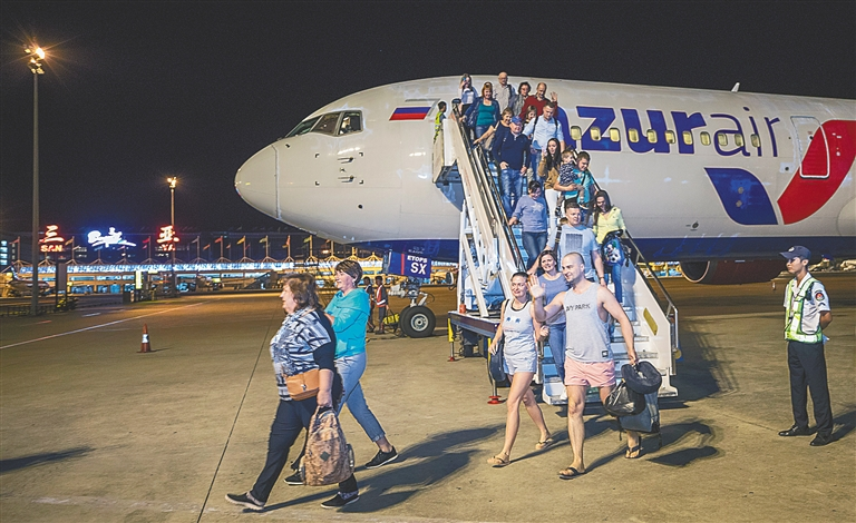 Russian airline opens Sanya