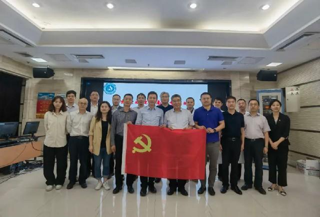 楽城先行区代表団は山東省で医療特区をプロモート