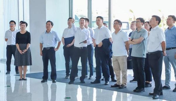 Официальные представители НКРР посетили Лэчэн
