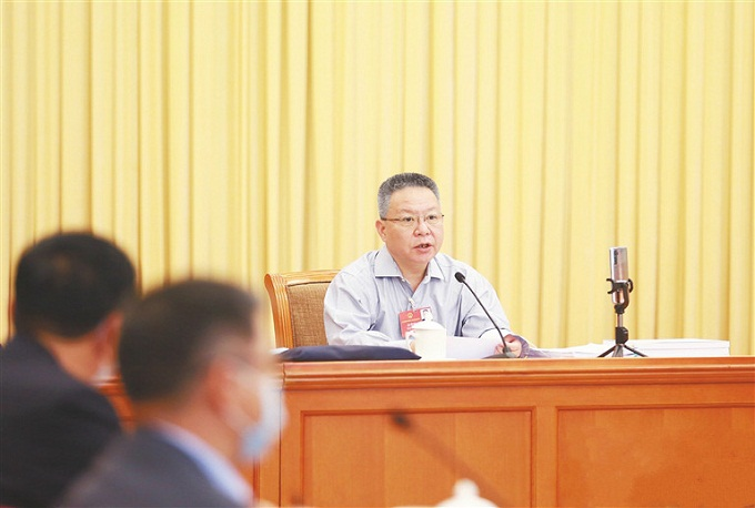 Hainan NPC deputies and national political advisers at two sessions