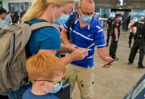 Haikou airport requires health code, nucleic acid test