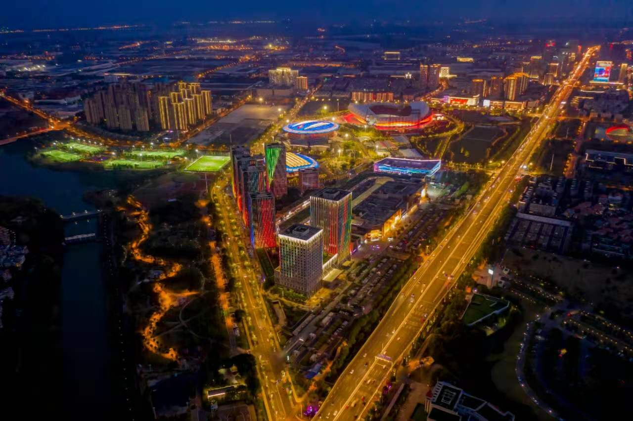 National automotive forum opens in Wuhan development zone
