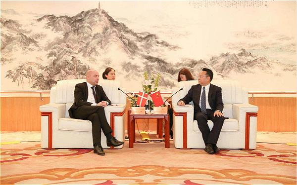Danish consul general visits Huzhou