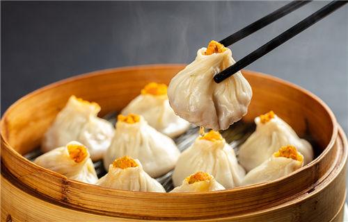 Crab dumplings in Wuxing district