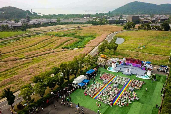 17th Wuxi Taihu Lake Cultural Tourism Festival kicks off
