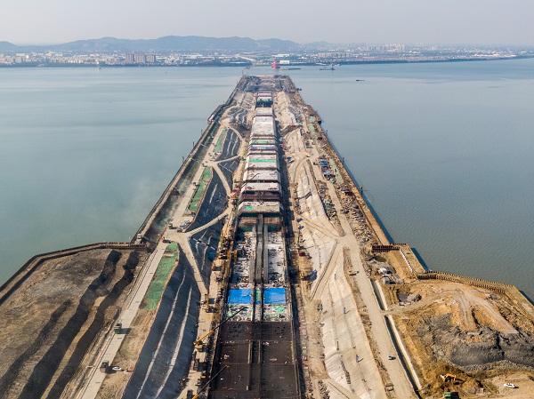 Taihu Tunnel to aid regional economy, connectivity