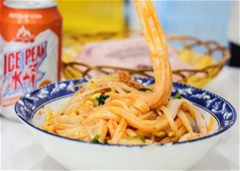 Try some Shaanxi food at NWPU Taicang campus