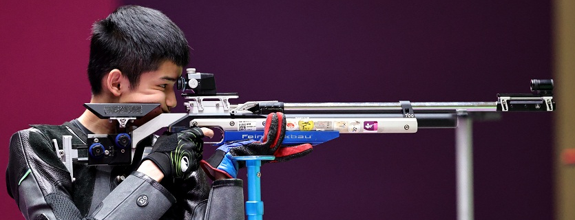 Sheng Lihao claims silver in Men's 10m air rifle