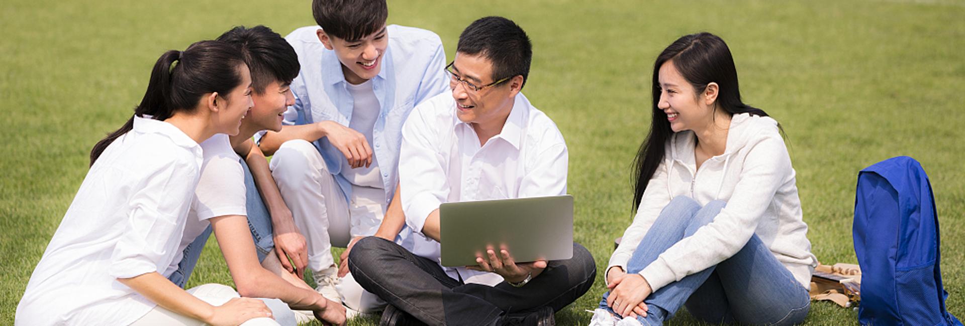 Xi extends Teachers' Day greetings to teachers