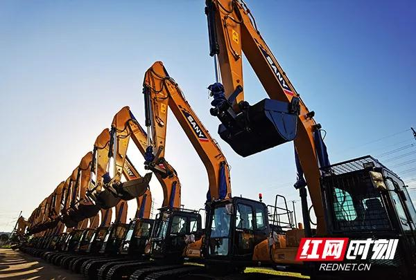 Sany 2020 excavator sales top world for first time.jpg