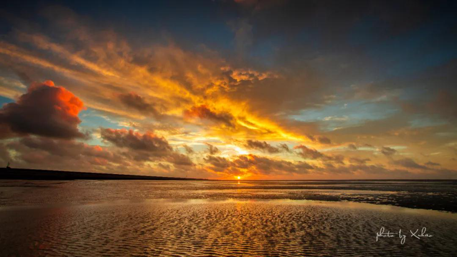 Breathtaking sunrise in Lin-gang3.png