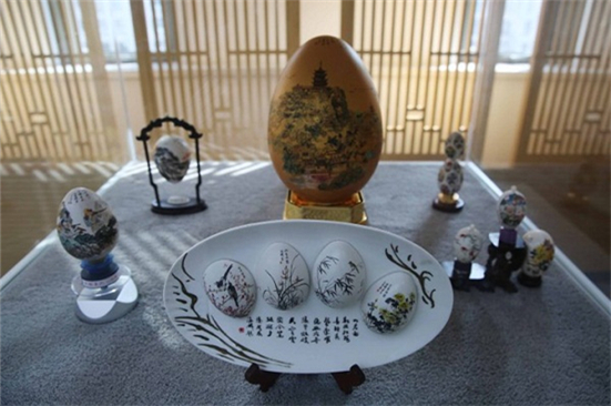 Egg painting exhibition underway in Chongchuan