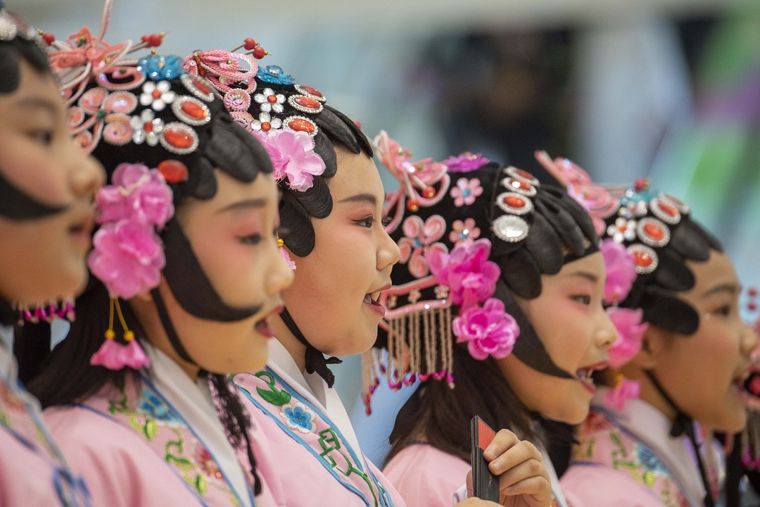 Peking Opera competition held in Hai'an