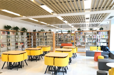 Bihai Community rural library adds color to locals' lives