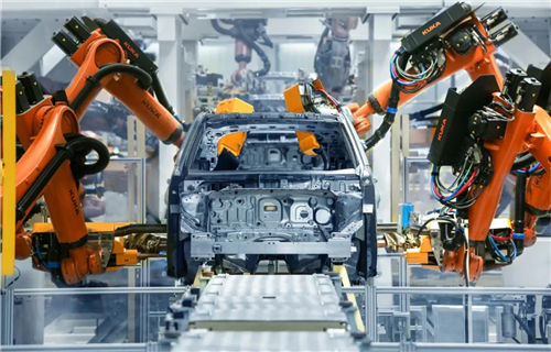 Automobile industry posts positive growth for three months in a row