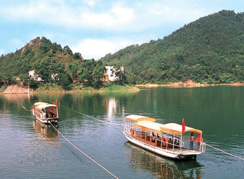 Jiulong Lake Tourist Resort