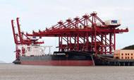 Ningbo-Zhoushan Port sees record throughput