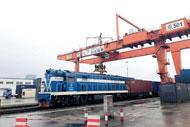 Rail-sea intermodal transport flourishes in Ningbo-Zhoushan Port