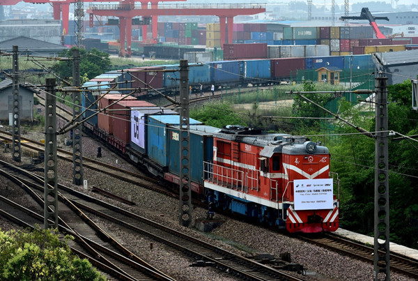 Zhejiang sees more freight trains to Europe