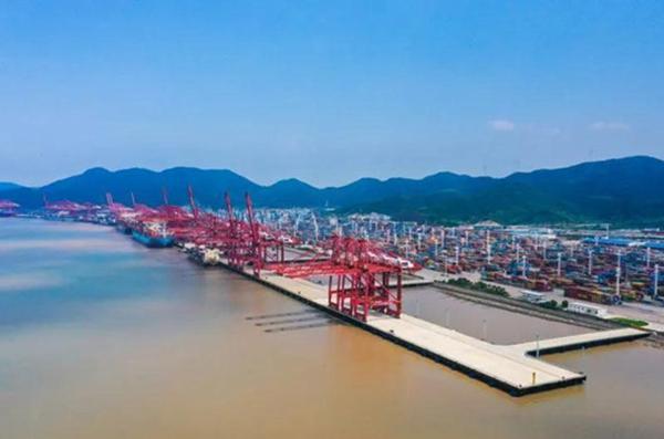 Chuanshan port lifted to 10m-ton level