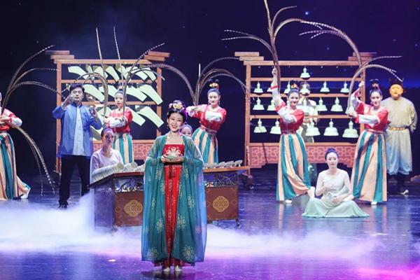 Original show in Cixi shines spotlight on Yue kiln celadon