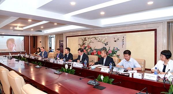 China-UK drug regulatory cooperation project kicks off.jpg