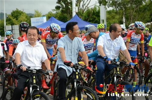 cycling2.jpg