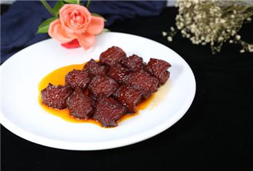 Qingyu braised pork with brown sauce (青峪红烧肉)