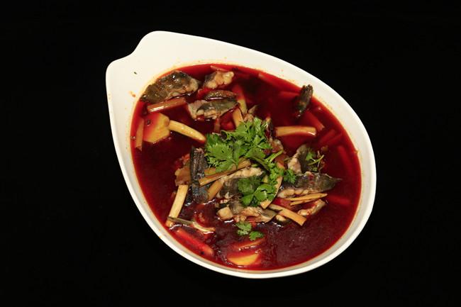Zaolin sautéed fish with potatoes and preserved meat.jpg