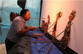Bazhong shadow puppet performance