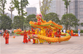 Dragon dances