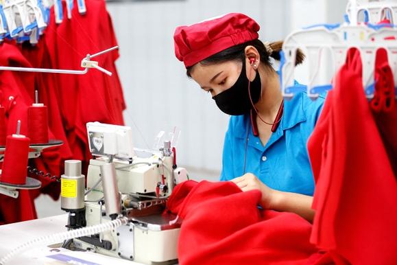 Rural workshops provide jobs for the poor