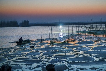 Stunning views of the Grand Canal at sunset in Jining