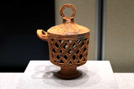 Exhibition highlighting diversity of Asian cultures opens at Confucius Museum