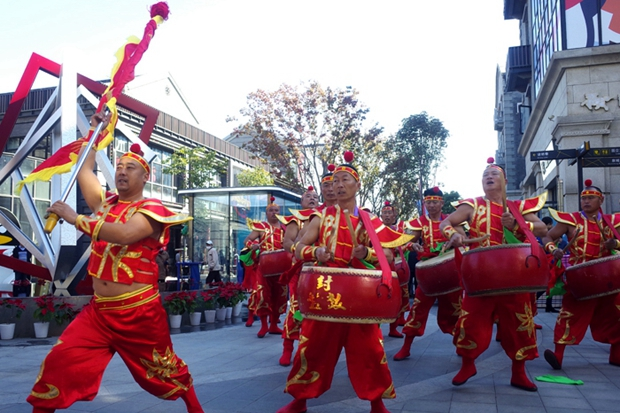 Henan's intangible cultural heritage shines at expo