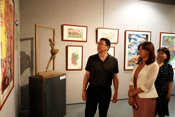 New Year painting exhibition celebrates 100 years of CPC