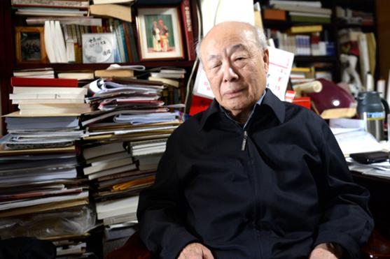 Ouyang Zhongshi, renowned Chinese calligrapher